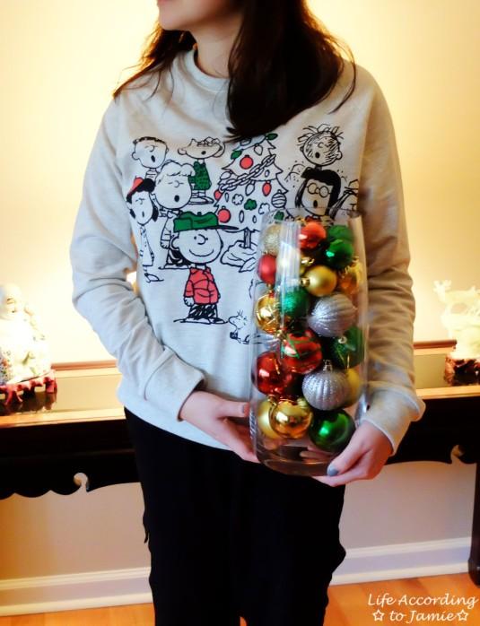 Ornaments in Vase 4