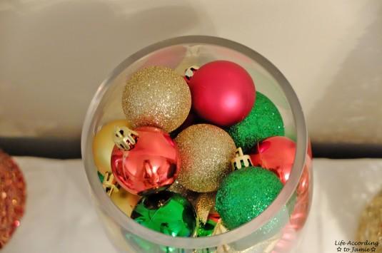 Ornaments in Vase 5