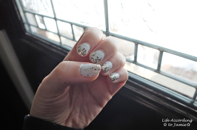 Gold & White Manicure 1