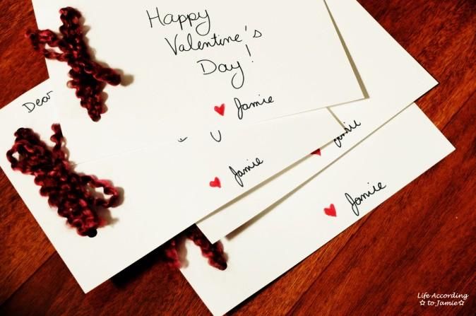 DIY Yarn Valentine's Day Card 4
