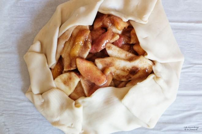 Apple & Peach Crostata 1