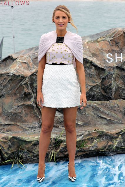 """""""The Shallows"""" Photocall - The 69th Annual Cannes Film Festival"""