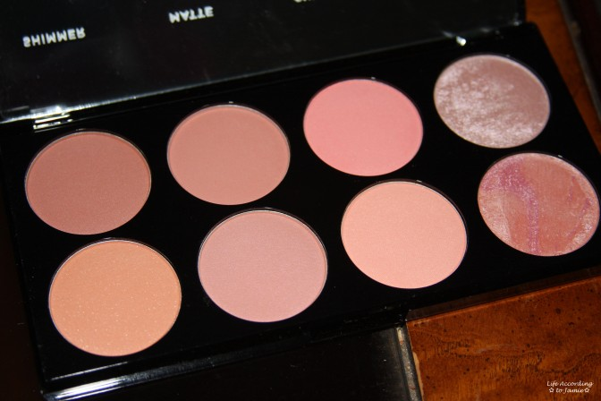 Makeup Revolution - Blush Palette