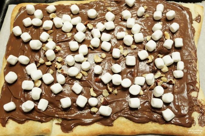 Nutella Dessert Pizza 2