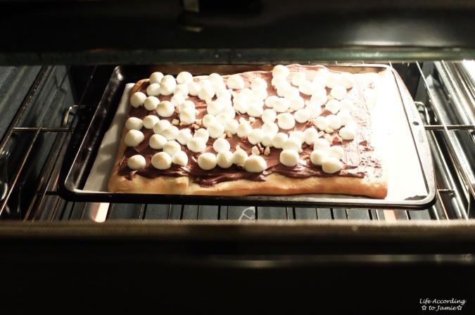 Nutella Dessert Pizza 3