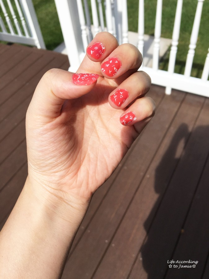 essie-sunday-funday-t-nail-stamp-2