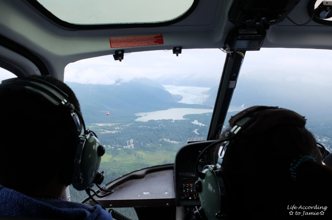helicopter-ride-to-mendenhall-glacier