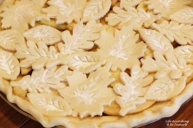 apple-pie-leaf-cutout-crust-1