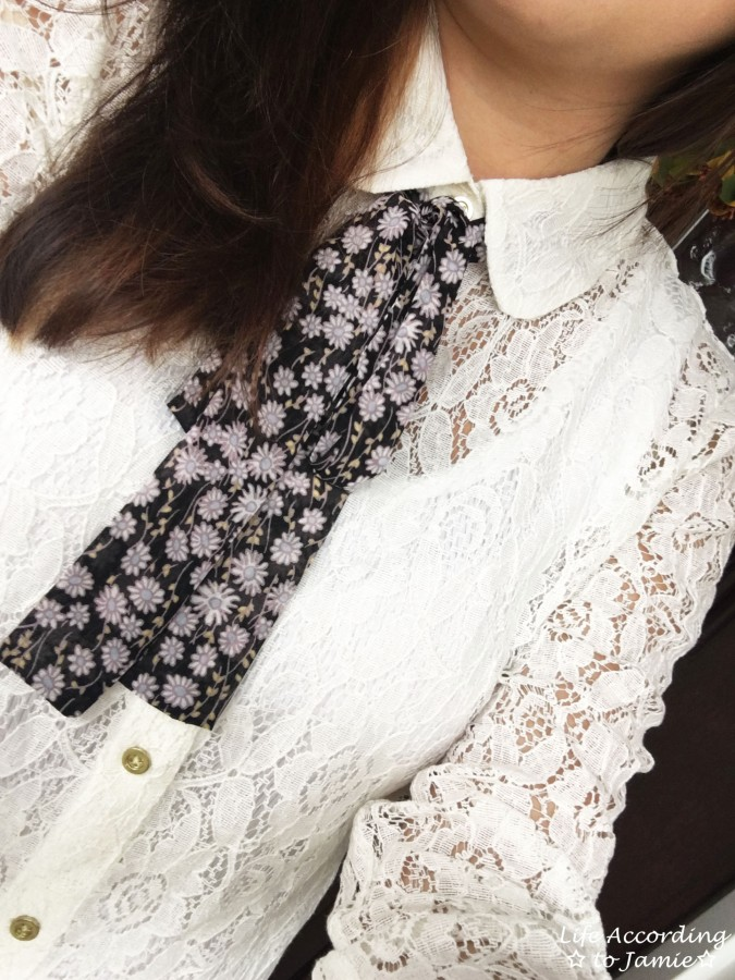lace-necktie-blouse-2