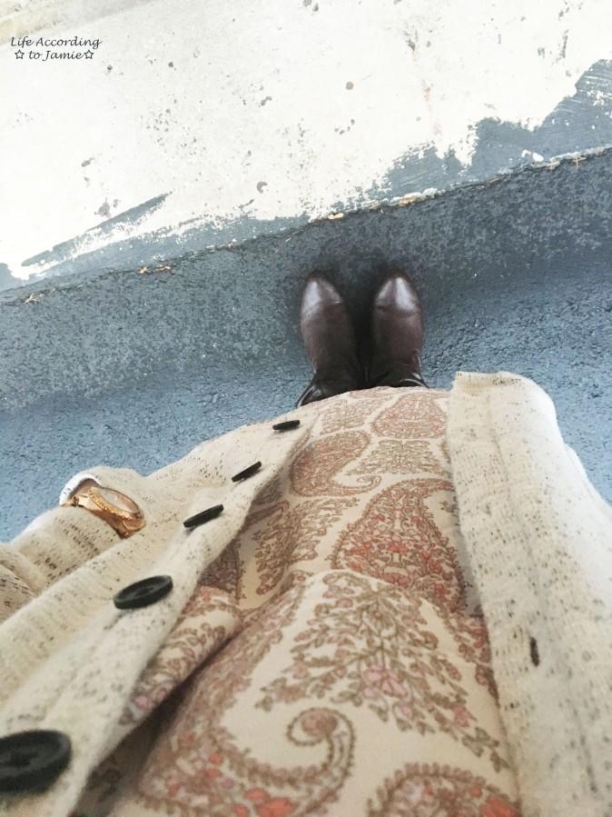 paisley-dress-boyfriend-sweater-4