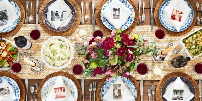 thanksgiving-tablescape-country-living