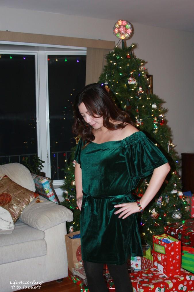 green-velvet-off-shoulder-dress-1