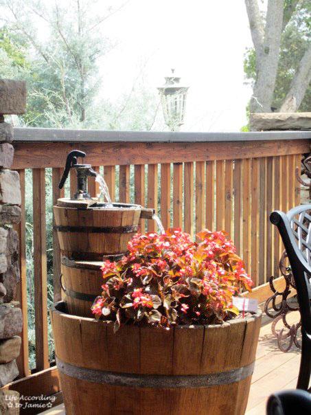 arrington-vineyards-planter-water-fountain