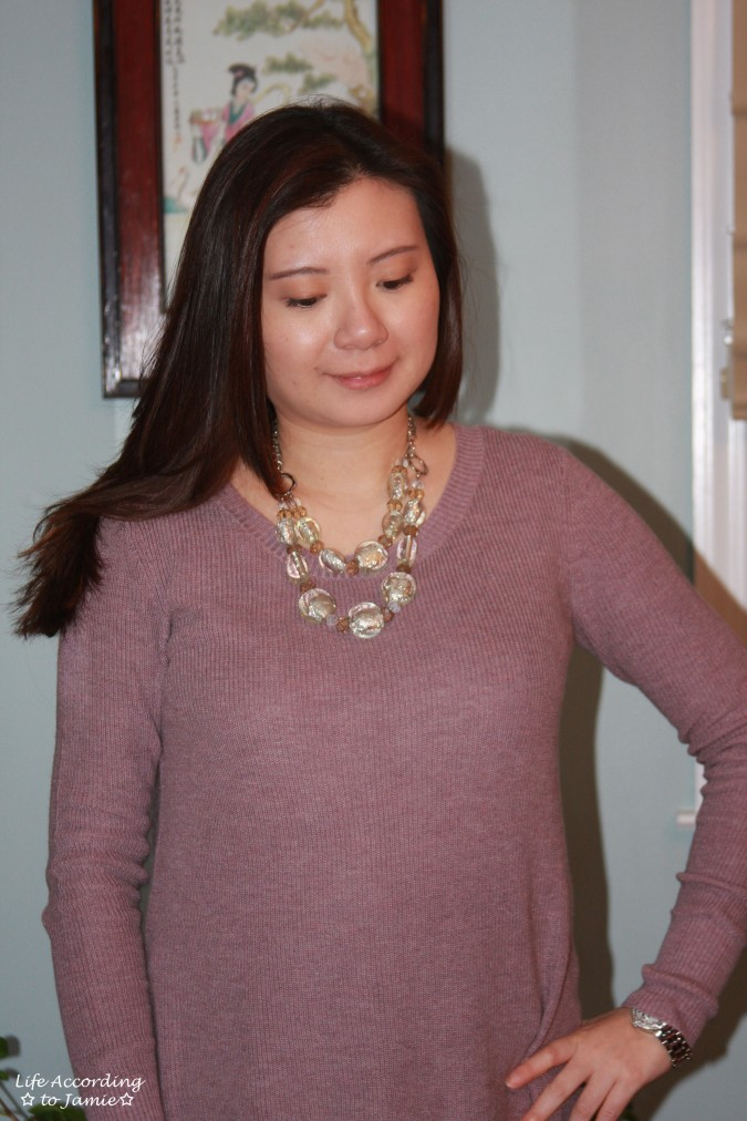 lavender-jegging-sweater-statement-necklace